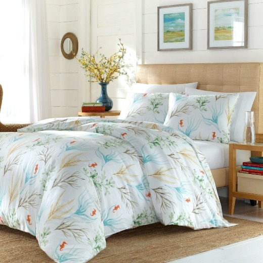 Decorative Coastal Coral Bedding