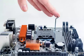 Beberapa Komponen Penting Pada Motherboard Komputer