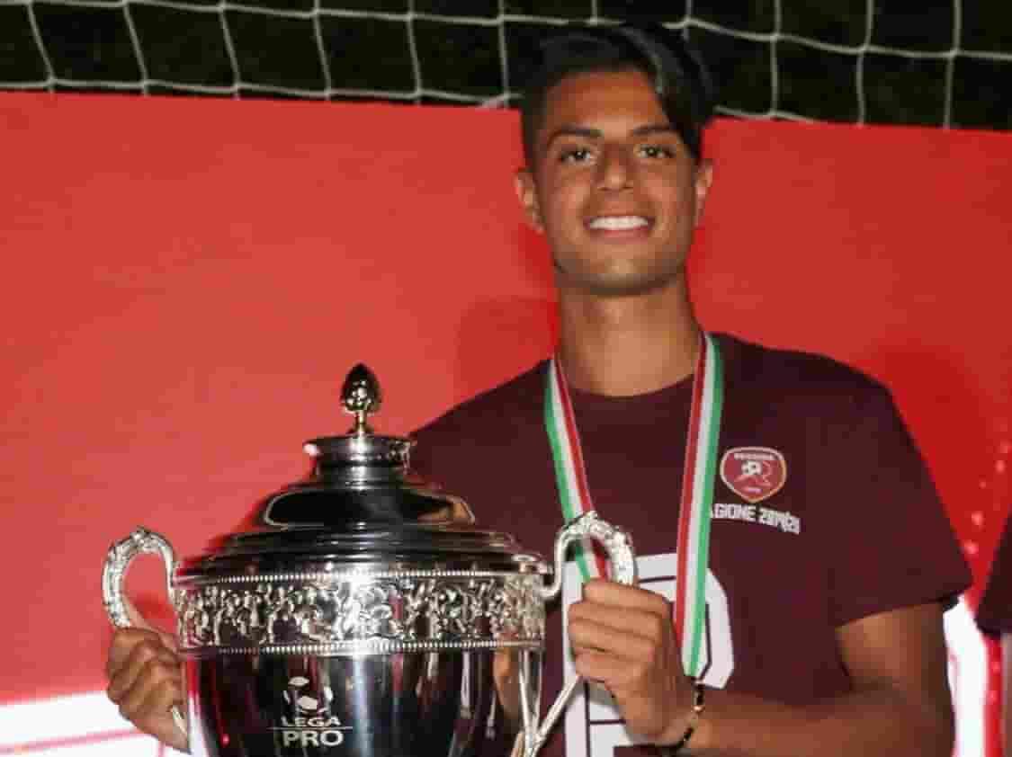 هاشم مستور يصعد إلى دوري الدرجة الثانية من الدوري الإيطالي