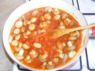 Preparare tocanita de ciuperci retete culinare,