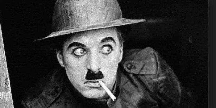 10 Sutradara Film Terbaik Dunia, Foto Gambar Charlie Chaplin, pengertian sutradara, sutradara drama cinta, sutradara berpengaruh, film indonesia, penghargaan, grammy awards, aktor, produser, terlaris, hollywood box-office