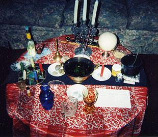 Esbats: wiccan full moon rituals