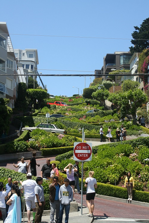 Lombard Street, San Francisco - Known to be the Most Crooked Street in the World