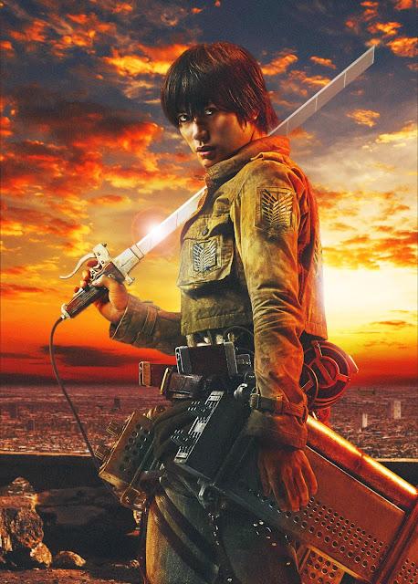 Plakat z filmu Attack on Titan na którym jest Haruma Miura jako Eren Yaeger