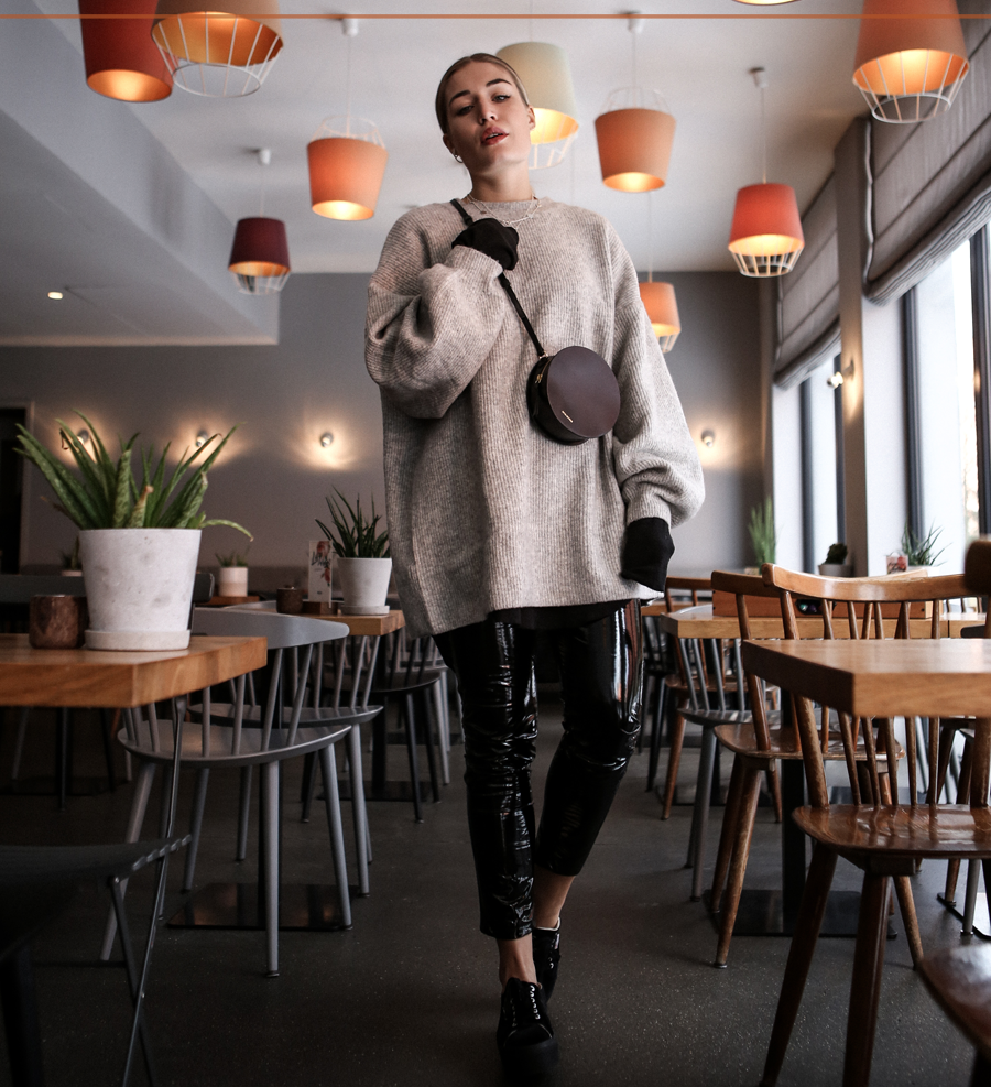 lauralamode-outfit-ootd-outfitoftheday-fashion-inspo-fashionista-style-streetstyle-loavies-hm-superga-munich-muc-muenchen
