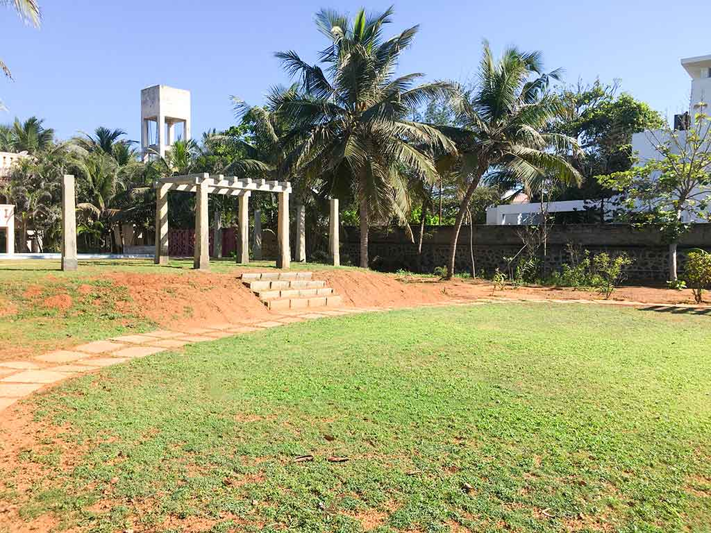 temple tree beach house ecr