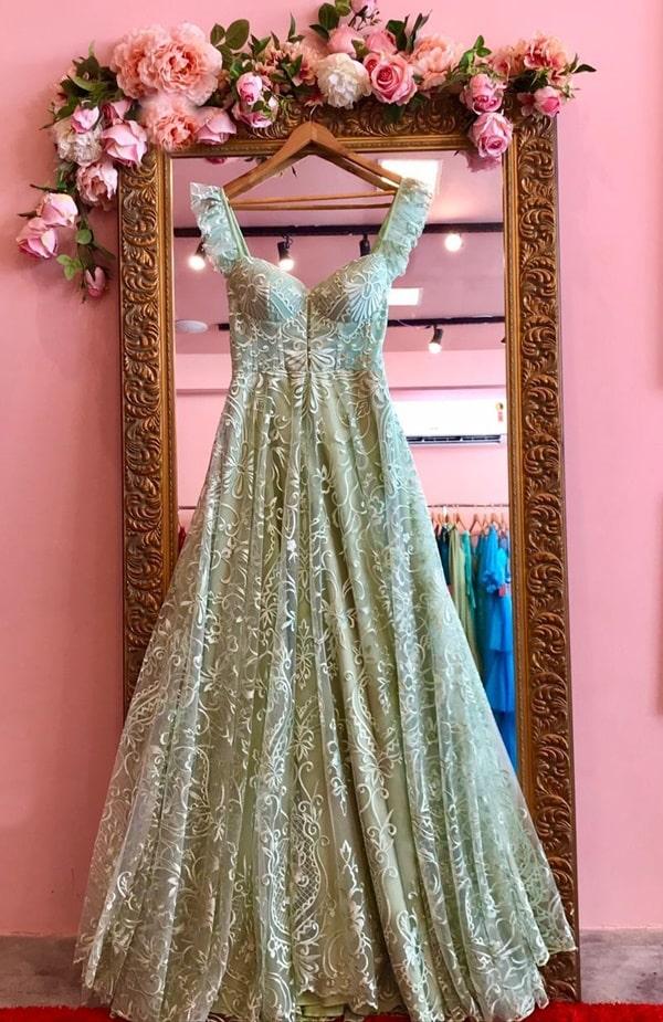vestido longo verde menta rendado para madrinha de casamento