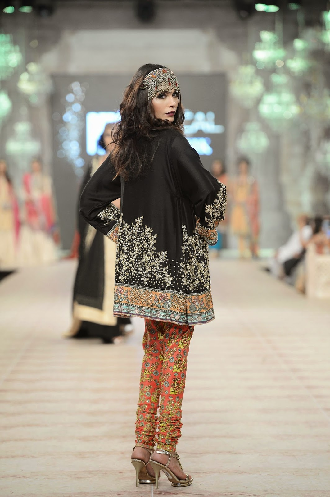 Black kurta Amna babar