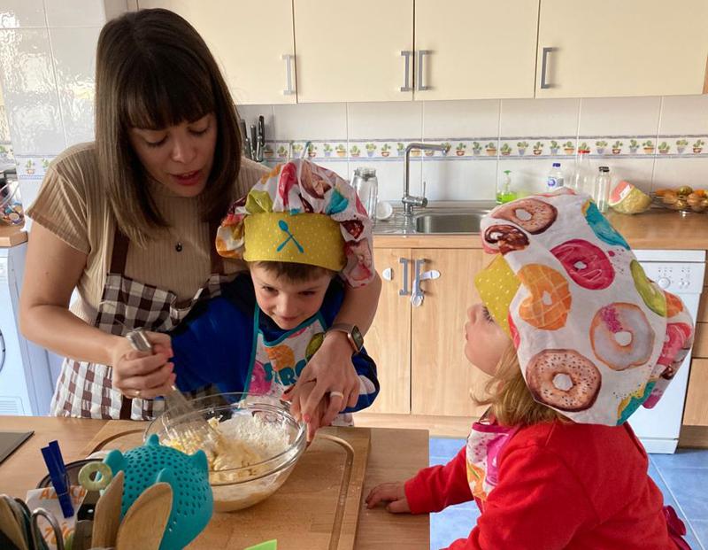 Receta de muffins de chocolate para hacer con niños