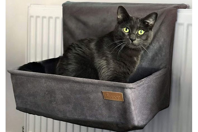 Radiator hammock bed for cats