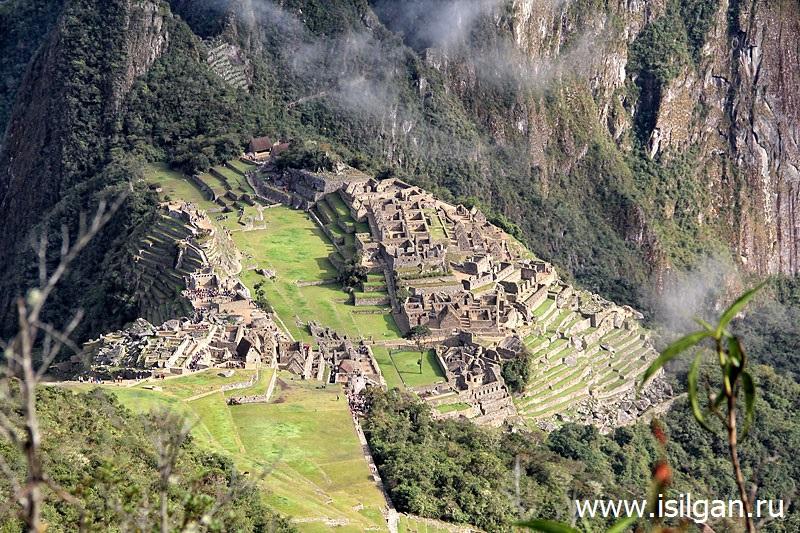 Drevnij-gorod-inkov-Machu-Pikchu-Gora-3061-Peru