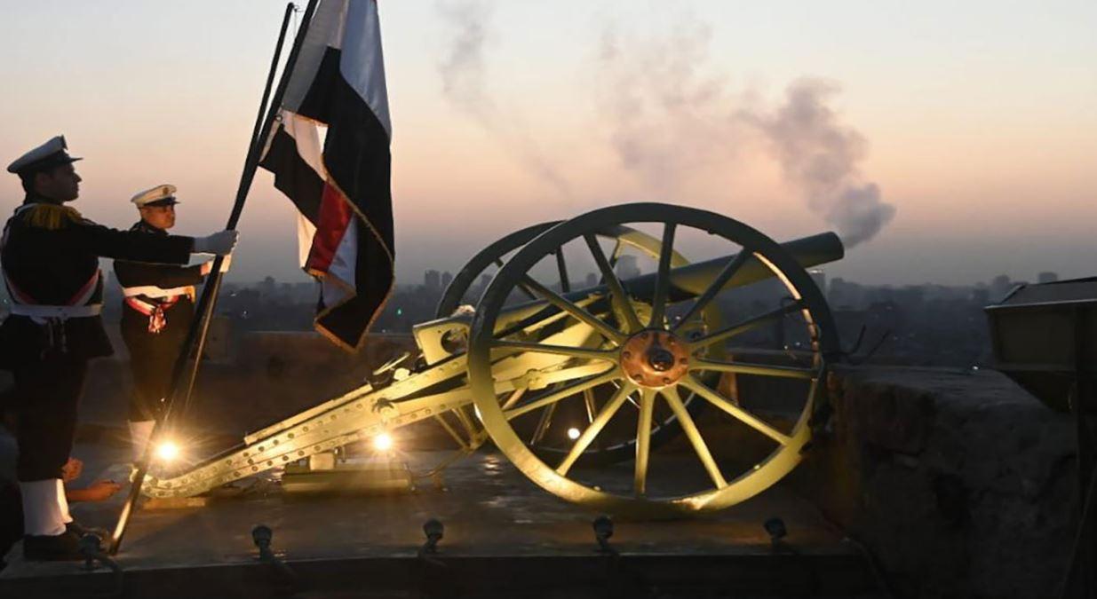 مدفع رمضان ينطلق من جديد في قلعة صلاح الدين بالقاهرة