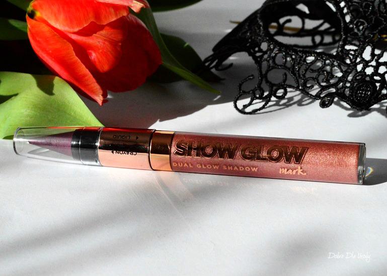Avon Show Glow - płynny cień do powiek z kredka 2w1