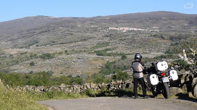 Documentales jardines, vídeos jardines, Youtube, vídeos paisajismo, viajes, nómadas, motos, motorrad, bmwmotorrad, viajar en moto, bmw gs, cerezo en flor, Valle del Jerte