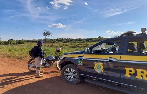 Em Porto Velho/RO, PRF recupera motocicleta roubada há pouco menos de 1 mês
