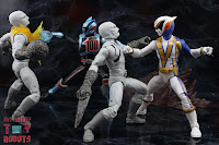 Power Rangers Lightning Collection SPD Omega Ranger & Uniforce Cycle 57