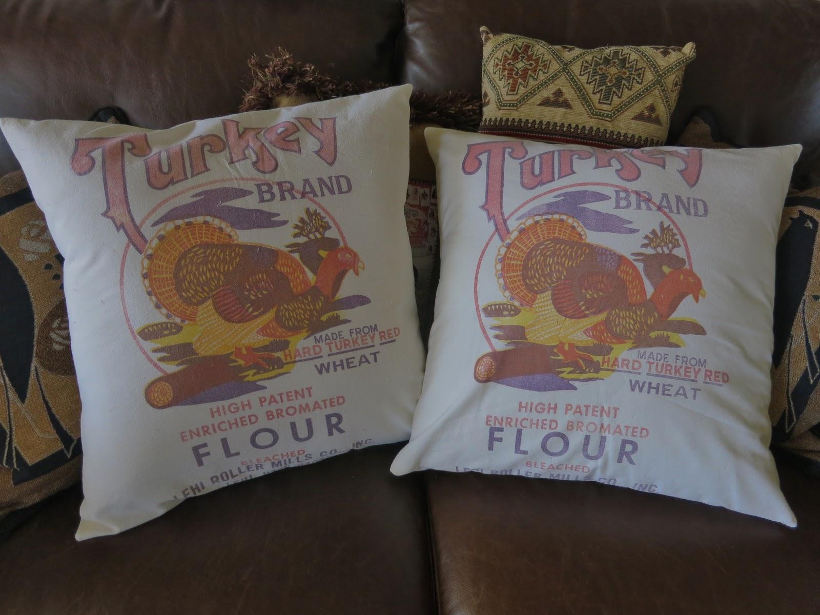 Zetta's Aprons: Lehi Roller Mills...Flour Sack Pillows!