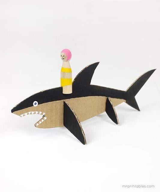 Tubarão de Papelão