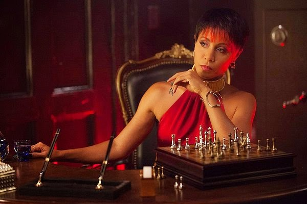Jada Pinkett Smith as gang boss Fish Mooney in Fox Gotham Season 1 Episode 2 Selina Kyle