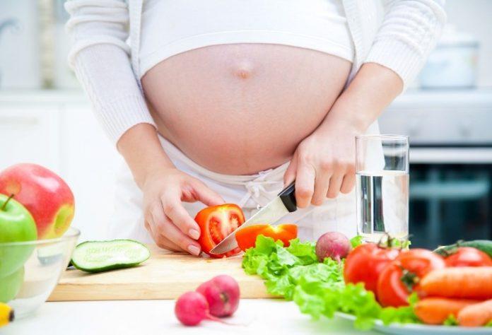 Τι προκαλεί δυσκοιλιότητα στην εγκυμοσύνη;