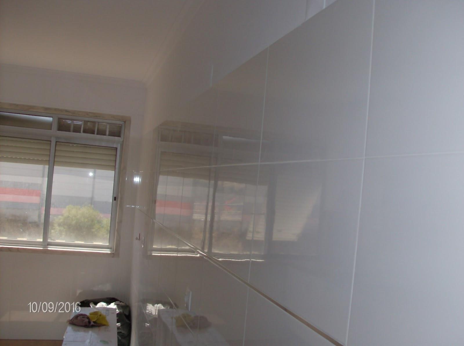 pelo seu lar !®: Remodelação da cozinha do apartamento na Damaia #745E57 1600 1194