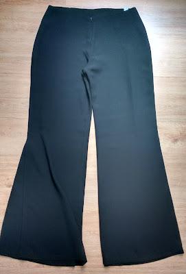 calça pantalona preta tam M