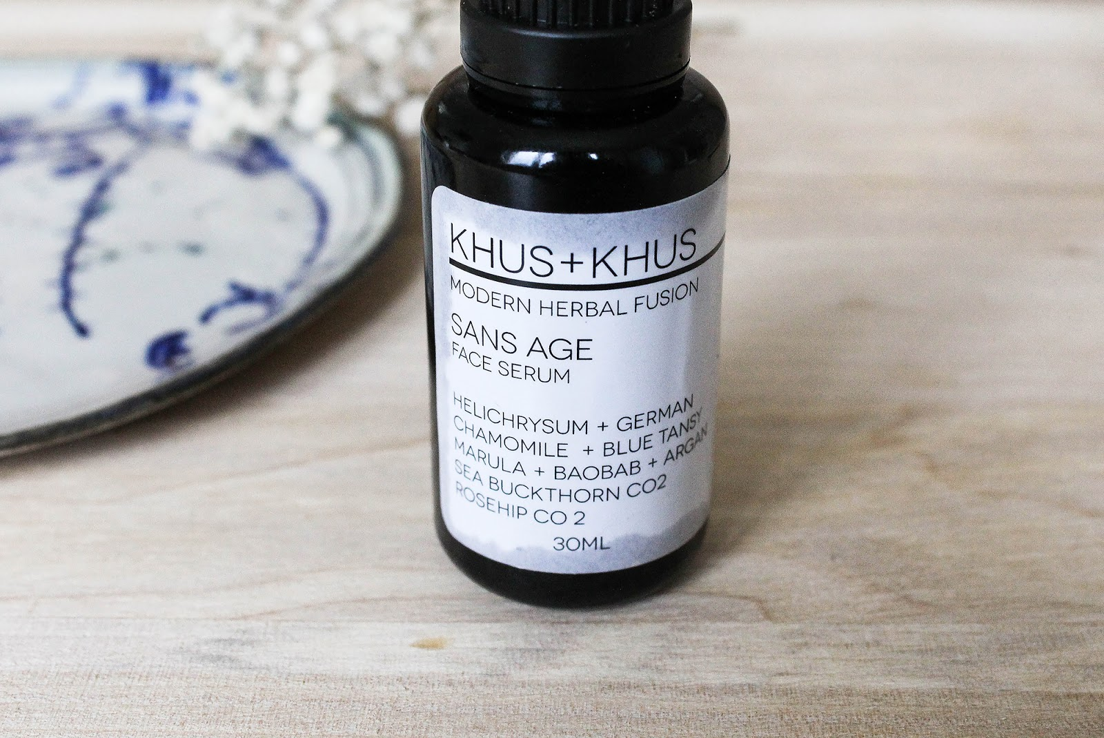 KHUS + KHUS Sans Age Face Serum Anti-inflammatory and soothing oil