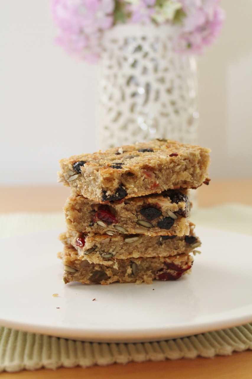 Little things I've loved - fruity banana flapjacks