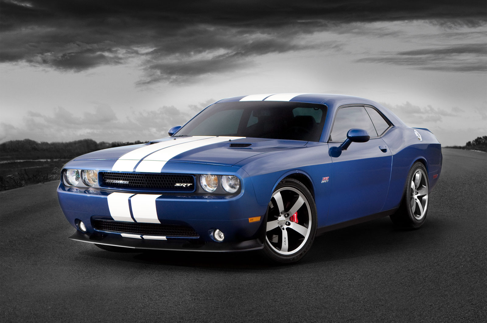 chrysler  dodge dodge challenger srt