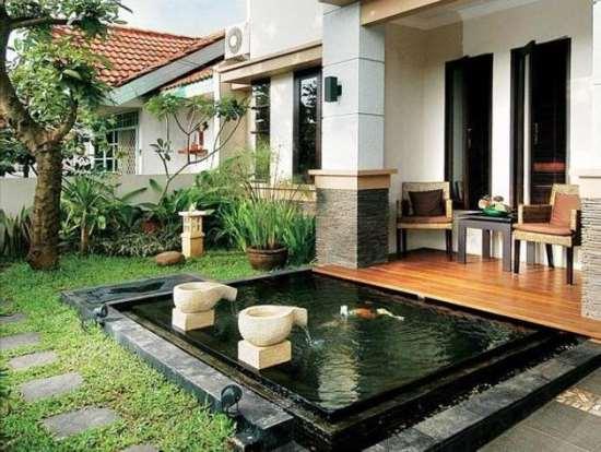 Gambar teras rumah minimalis unik dengan kolam ikan