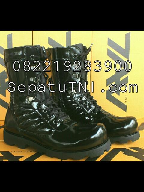 Sepatu PDL kulit kilap sol radial merk AWL