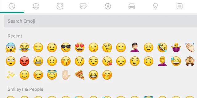 Tapez et recherchez des emoji avec le clavier WhatsApp Web.