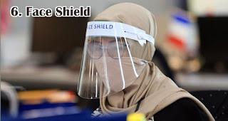 Face Shield adalah benda yang wajib kamu bawa selama new normal