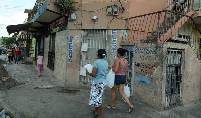 Hombre que asesinó a su hijo, y a un mecánico y luego se suicidó en Santo Domingo tenía conducta violenta