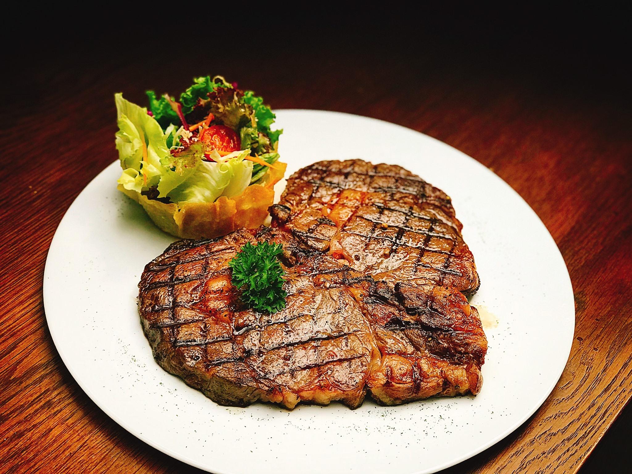 Topping beef - Quán steak ngon TPHCM