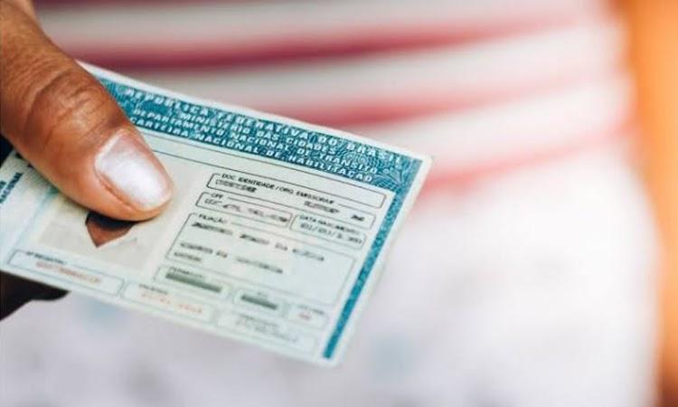 Detran-BA divulga novos prazos de serviços de trânsito