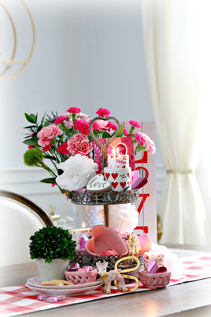 Valentine, decor, homemaking, homemaker, homedecor, decorating, holidays, flowers, wooden signs, athomewithjemma.com