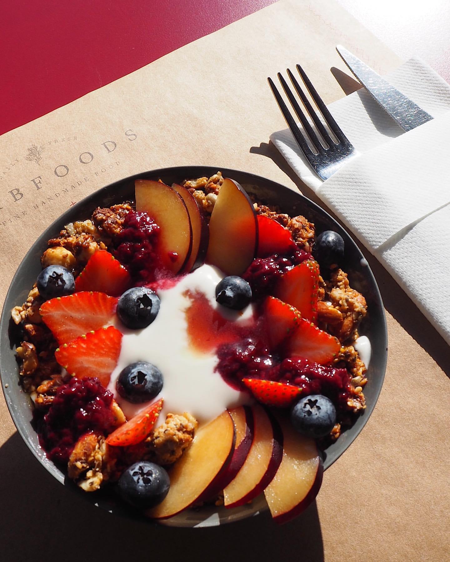 gabfoods beşiktaş istanbul menü fiyat listesi orman meyveli tatlı siparişi