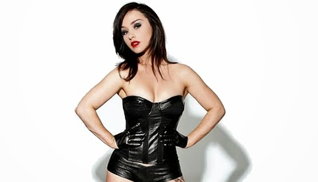 The 43-year old daughter of father (?) and mother(?) Danielle Harris in 2021 photo. Danielle Harris earned a  million dollar salary - leaving the net worth at  million in 2021
