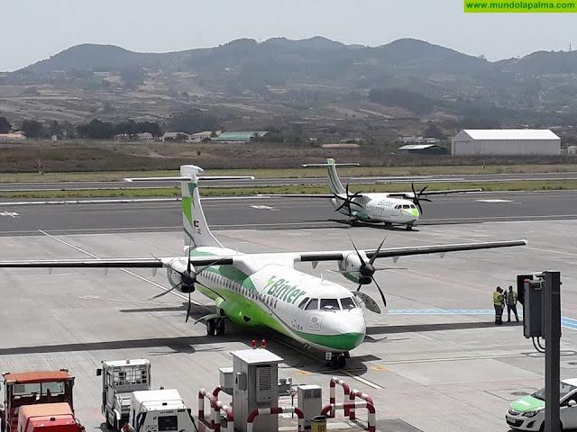 Binter refuerza las medidas en sus aeronaves para evitar el contagio del COVID-19