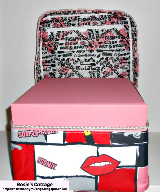 Soap And Glory The Whole She-Bang Rodnik Bag Opened