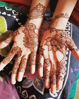 Beautiful_flowers_with_dot_mehndi_design