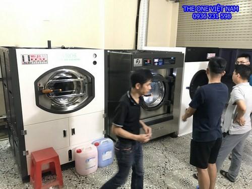 Máy giặt sấy công nghiệp cho xưởng giặt