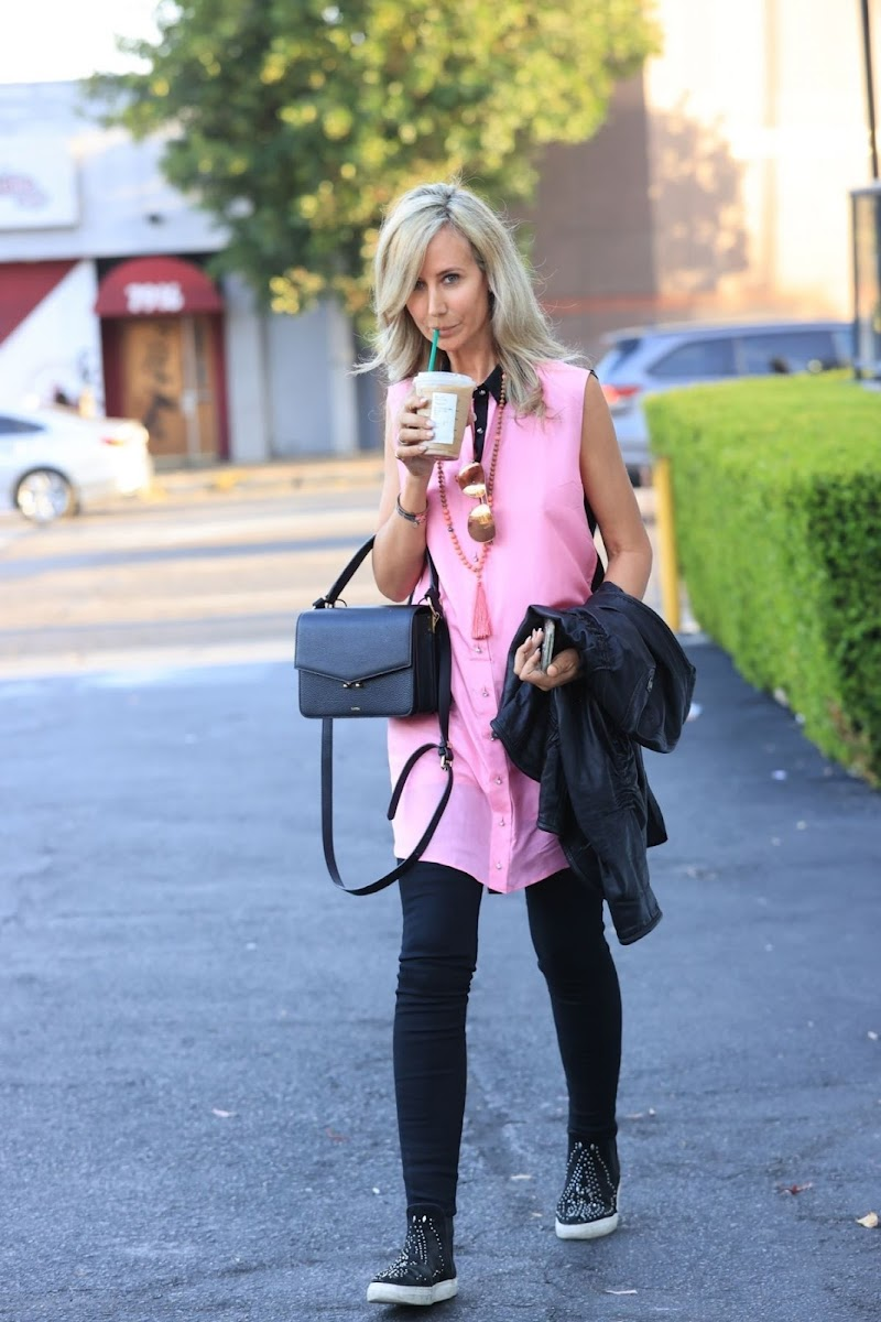 Lady Victoria Hervey Out for Iced Coffee in West Hollywood 11 Apr-2021