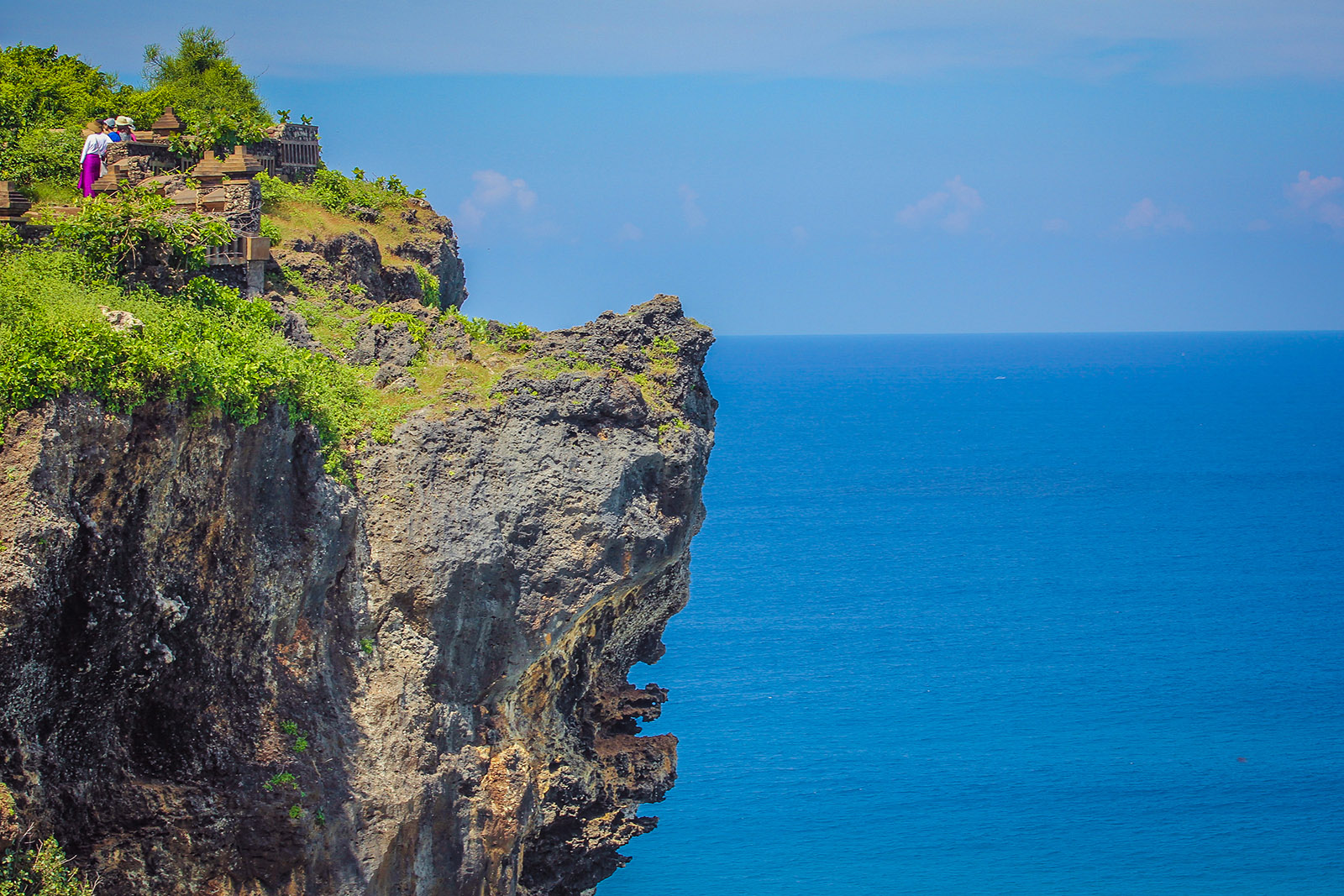 amazing view uluwatu cliff
