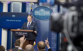 Conservative media outlets gain seats in White House briefing room