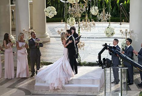 Dliteful Trends: Tamra Barney\'s gorgeous Mark Zunino wedding gown