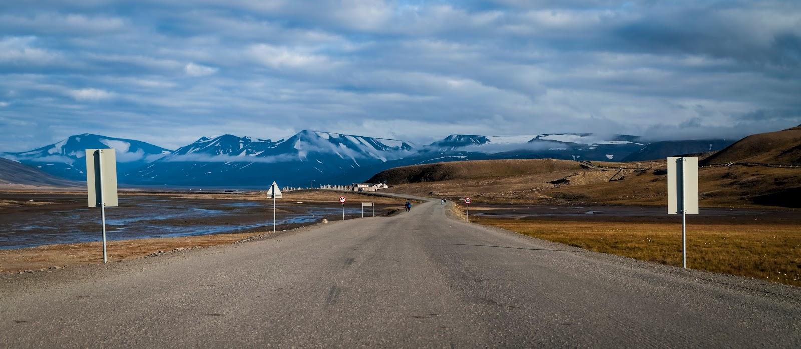 longyearbyen svalbard spitzberg