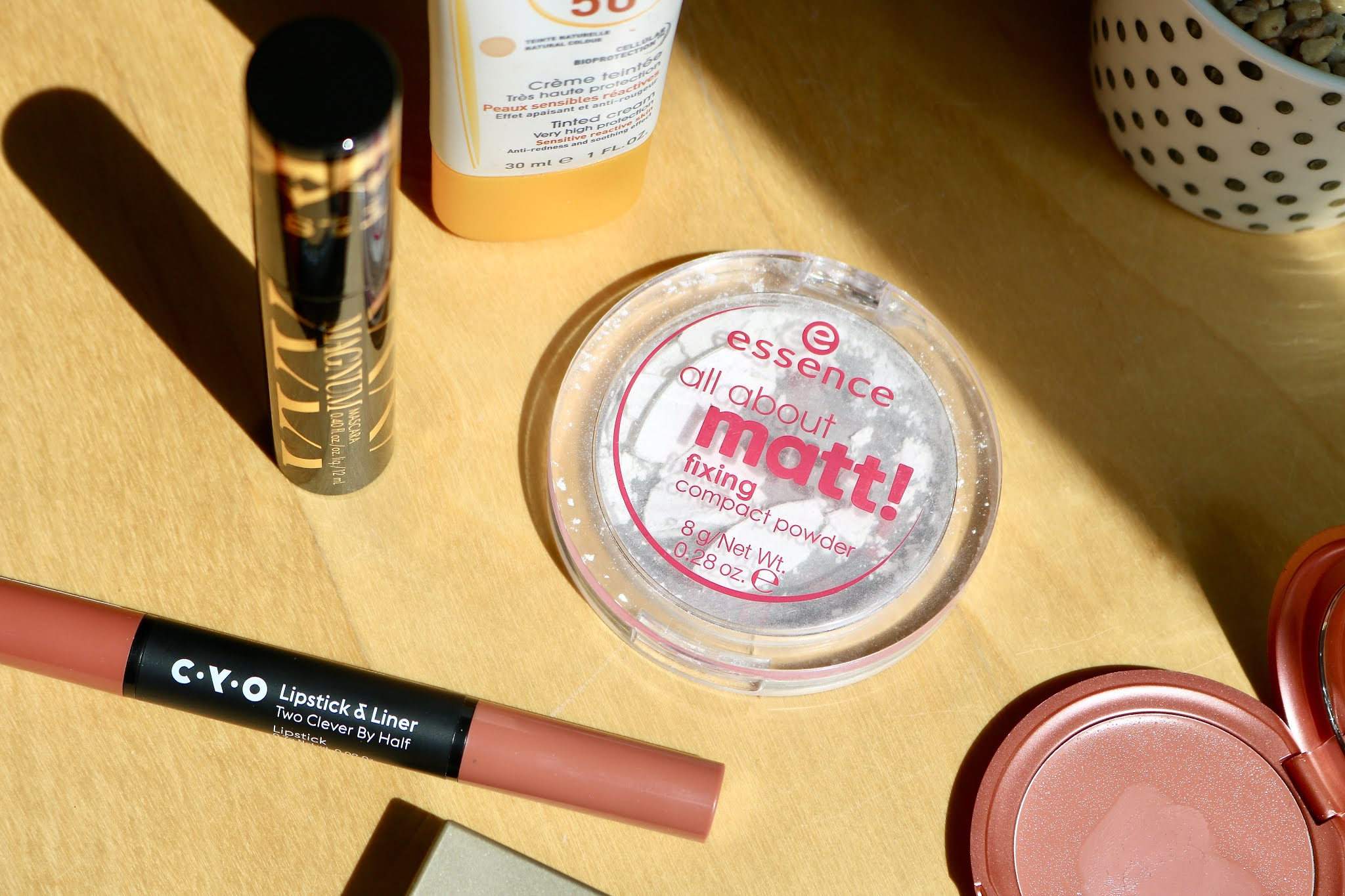 Essence All About Matte Fixing Powder