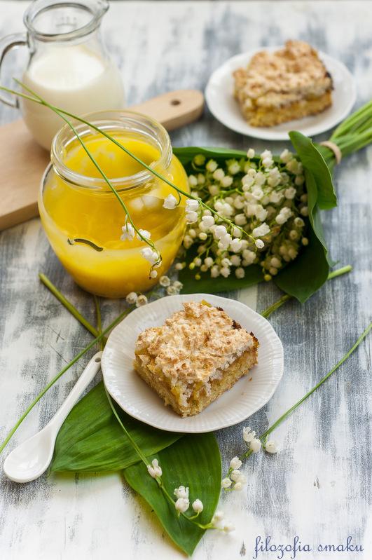 Ciasto z lemon curd i kokosową bezą